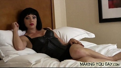 I want to watch you suck another cock
