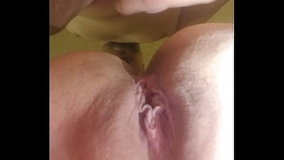 Tight young pussy gets mouth fucked