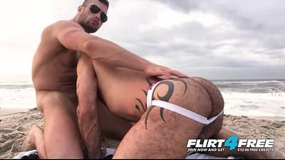 Killian Crew Ripped Hunks Bareback Hard on the Beach