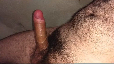 Masturbando buceta de borracha